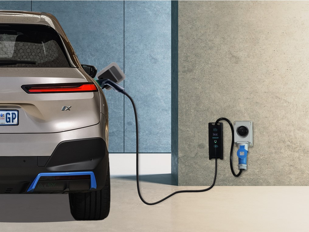 Fast Portable Level 2 EV Charger
